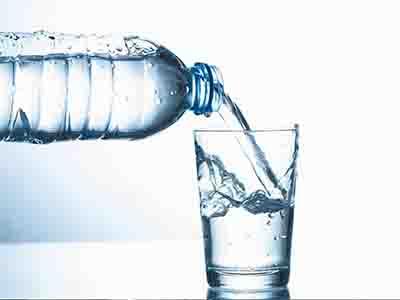 نوشیدن آب